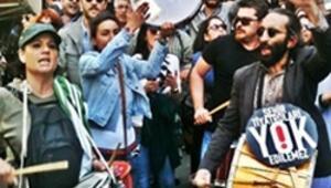 Beyoğlunda Şehir Tiyatroları eylemi