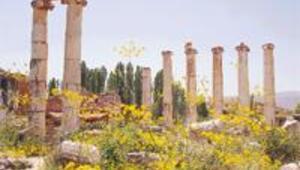 Ege'de birbirine rakip iki antik kent: