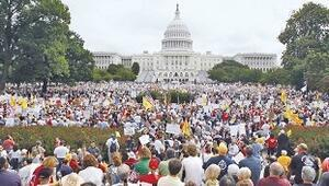 Obama'ya karşı cumhuriyet mitingi