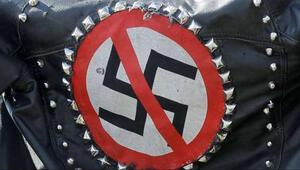 Nazi plakaları yasaklanacak