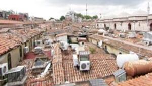Kapalıçarşının çatısında korsan tuvalet
