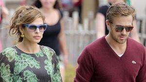 Ryan Gosling ve Eva Mendesin kızlarının adı Esmeralda