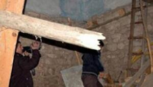 Kına gecesinde evin tabanı çöktü: 6 yaralı