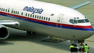 Kaybolan Malezya uçağını yeniden arayacaklar
