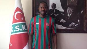 Karşıyaka'da Fall imzaladı