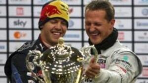 Schumacher ve Vettel yeniden Şampiyonlar Yarışında