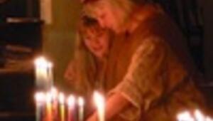 Light festival 'Hanukkah,'eight-day Jewish holiday