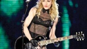 Son 10 yılda en çok dinlenen şarkıcı Madonna