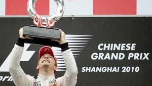 Formula 1de McLaren duble yaptı
