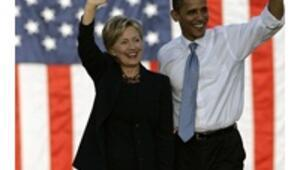 Obama mulls Clinton, Gates as cabinet fills out