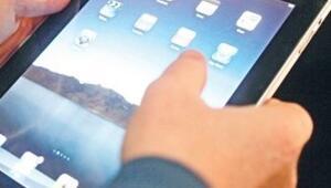Apple'ın 'tablet'i iPad laptop tartışması başlattı