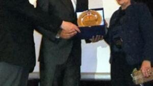 Çetin Emeç Özel Ödülü verildi
