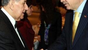 Başbakan Erdoğan yazarlarla bir araya geldi