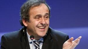 Platini'den 'alternatif'Dünya Kupası