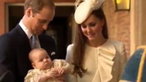 Prens George Londra'da vaftiz edildi