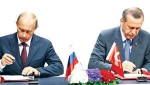 Putin: Erdoğan'a söz verdik Samsun-Ceyhan'ı bırakmayız