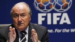 UEFA'dan Blatter'e oturma eylemi