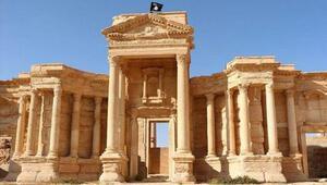 Antik kent Palmiraya mayın döşediler