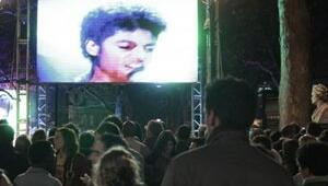 Michael Jackson son kez sahnede
