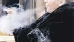 Fransa'da ezici sigara yasağı