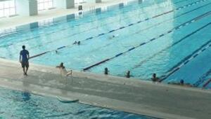 Haremlik - selamlık havuz müsakabalara hazırlanıyor