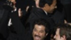 Slumdog Millionaire sweeps awards in most non-American Oscars
