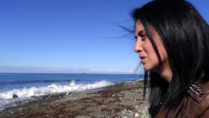 Karadenizin yuttuğu annesini her gün arıyor