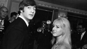 John Lennon'ın ilk eşi hayata veda etti