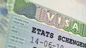 AB, 19 ülkeye vizeyi kaldırdı