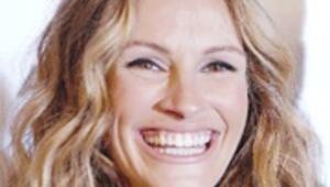 Julia Roberts 3. çocuğunu doğurdu