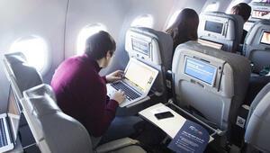 Uçaklardaki kablosuz internet hizmeti, siber saldırı riskini artırıyor