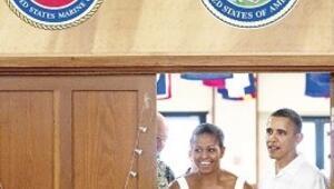 Obama kiliseye gitti papaz espri yaptı