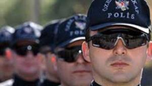 Polis adayları 5 gündür internetin başından kalkamıyor