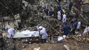 Laosta askeri uçak düştü