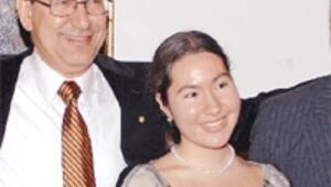 Zeynep Pamuk, felsefe olimpiyatı birincisi