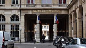 Paristeki saldırılarla ilgili 4 kişi mahkemeye sevk edildi