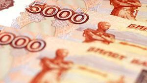 Rus rublesi son üç ayın en düşük seviyesinde