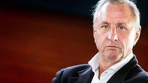 Cruyfftan Barcelona yönetimine eleştiri