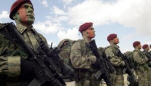 Komisyon: Profesyonel orduya geçiş hızlandırılmalı
