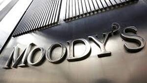 Analistler Moodysten değişiklik beklemiyor