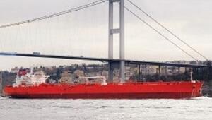 Boğazlara giren gemiler temiz yakıt kullansın