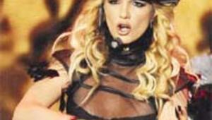 Madonna'nın şovunu çaldı