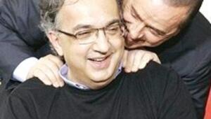 Sarkozy'nin 'Clio 4'te Türkiye'ye karşı koyduğu tavrı Berlusconi yapsa anahtarı bırakır giderim