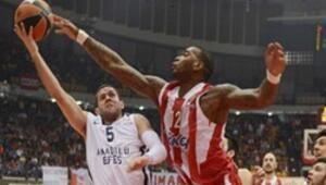 Olympiakos 67 - 62 Anadolu Efes