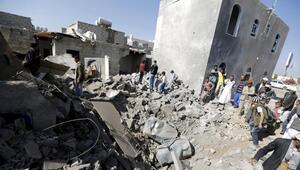 İran Yemene silah gönderdiği iddialarını yalanladı