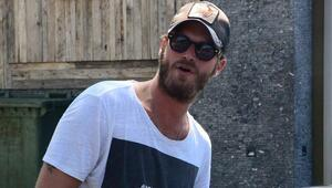 Kıvanç Tatlıtuğ Amerika'da sakal bıraktı