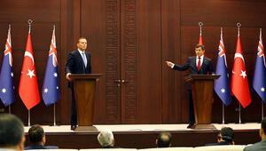 Davutoğlu: Bu basın toplantısı Ermenistana ders olsun