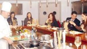 Mutfakta şefle baş başa yemek