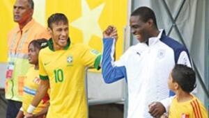 Neymar: Balotelli iyi bir delikanlı