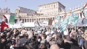 Vatikan'da gövde gösterisi